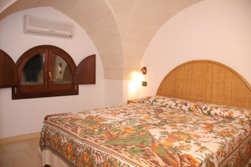 CAMPOMARINO DI MARUGGIO: Appartamentino in Antica Villa a 50 mt. dal Mare